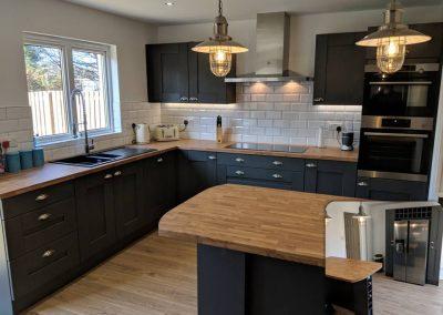 strathaven-black-shaker-kitchen